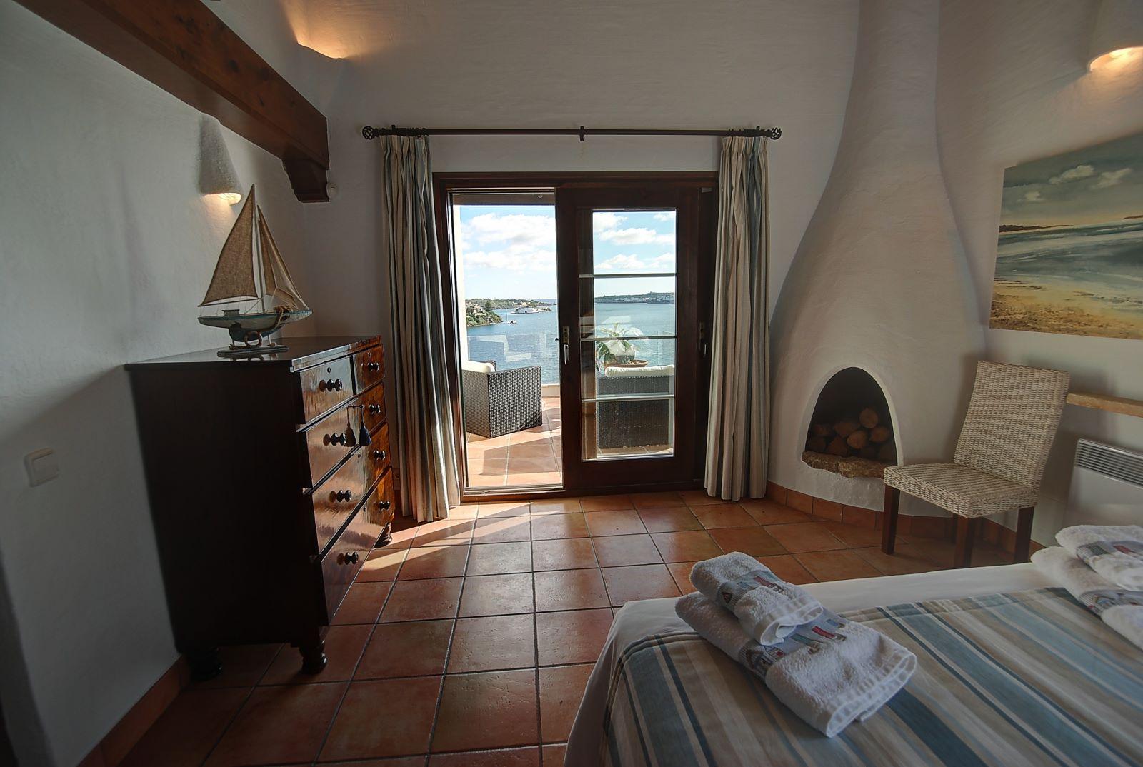 Villa in Cala Llonga Ref: H2514 14