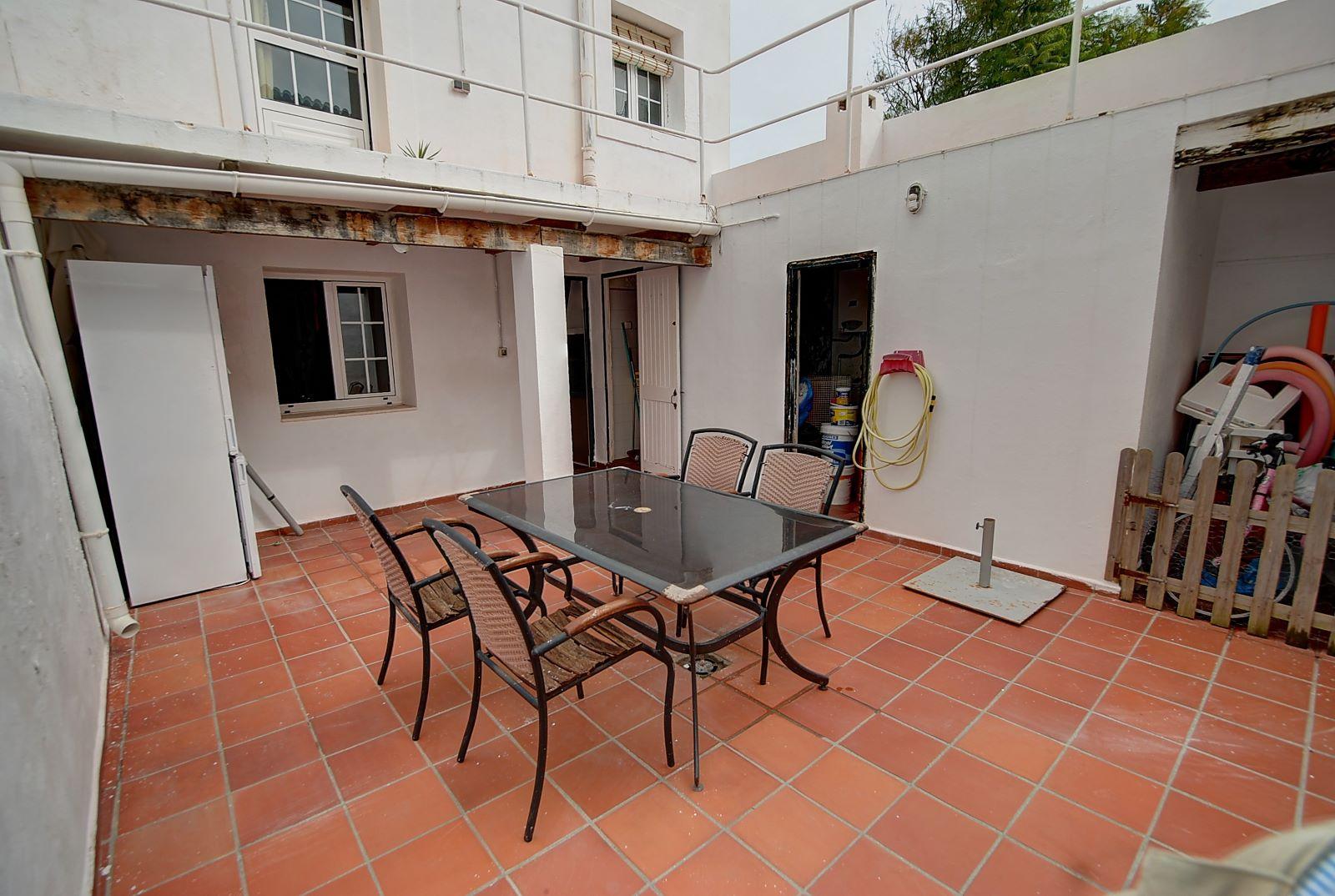 Einfamilienhaus in Es Castell Ref: H2525 16