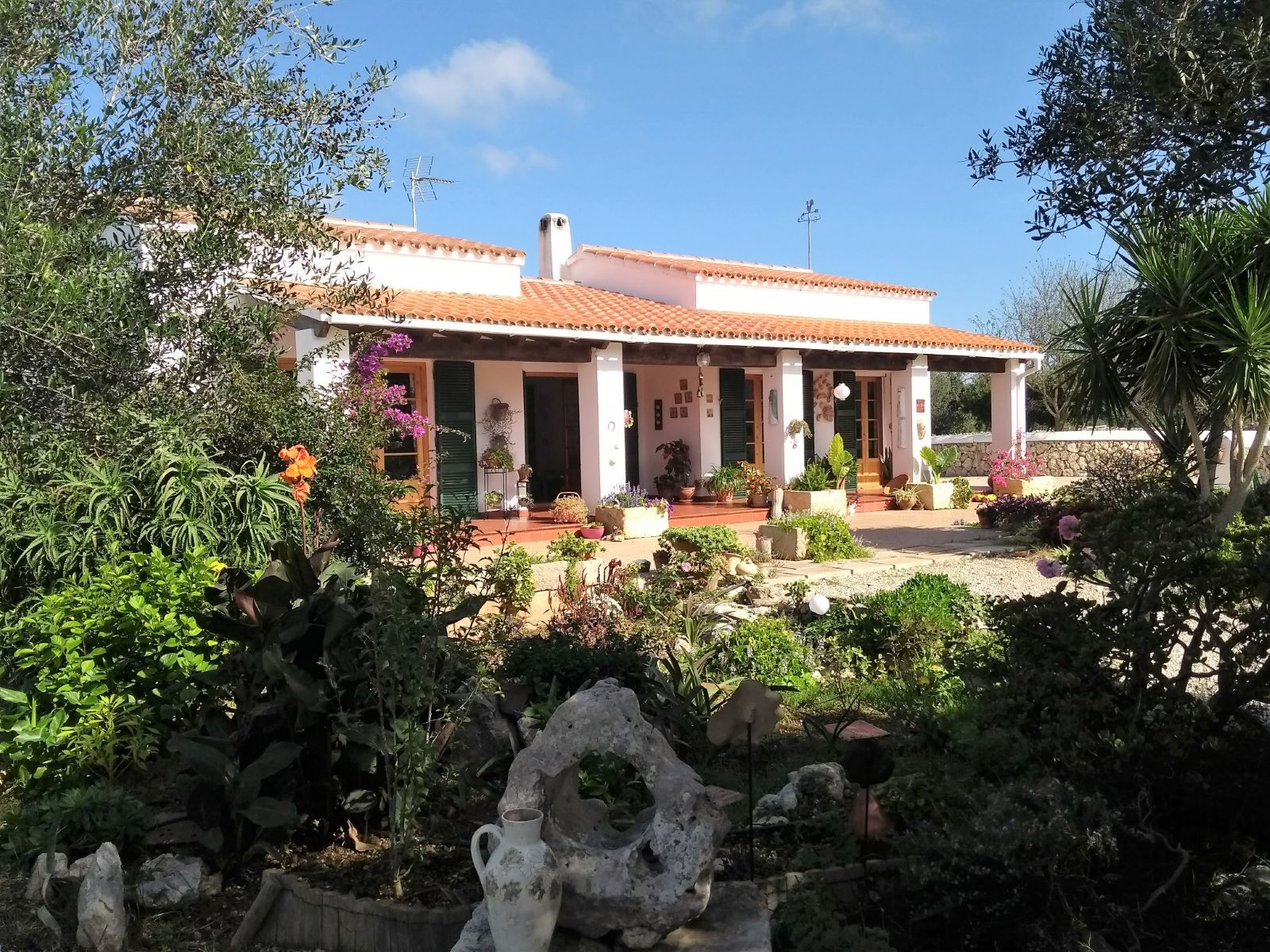 Country house in Cala Galdana Ref: C06 1