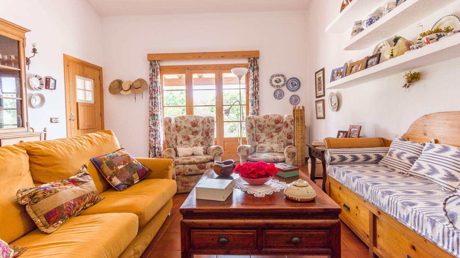 Country house in Cala Galdana Ref: C06 6