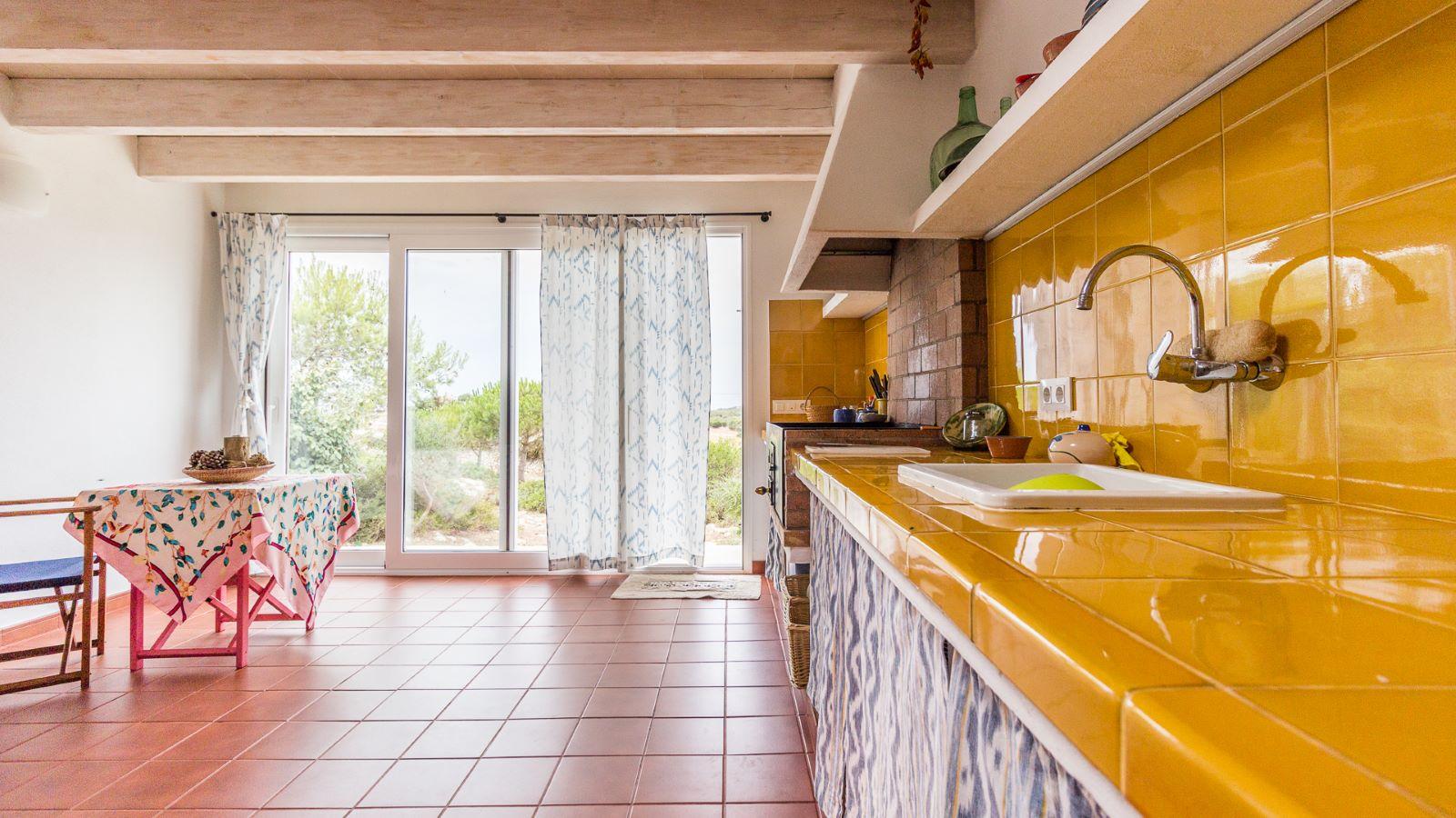 Country house in Cala Galdana Ref: C06 10