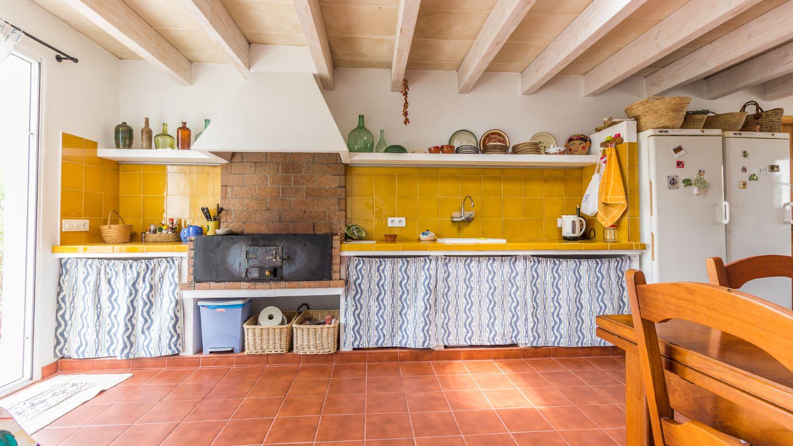 Country house in Cala Galdana Ref: C06 11