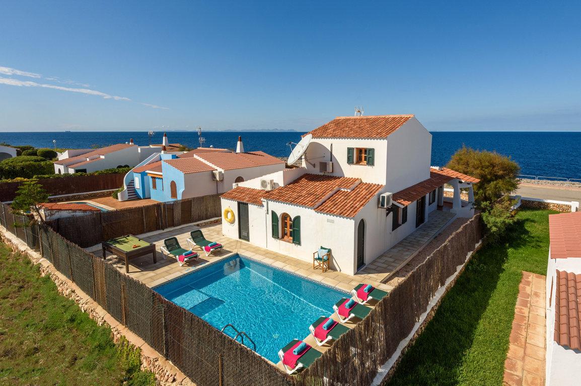 Villa in Cap D'Artruitx Ref: C15 2