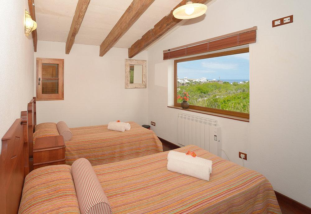 Landhaus in Cala Morell Ref: C19 8