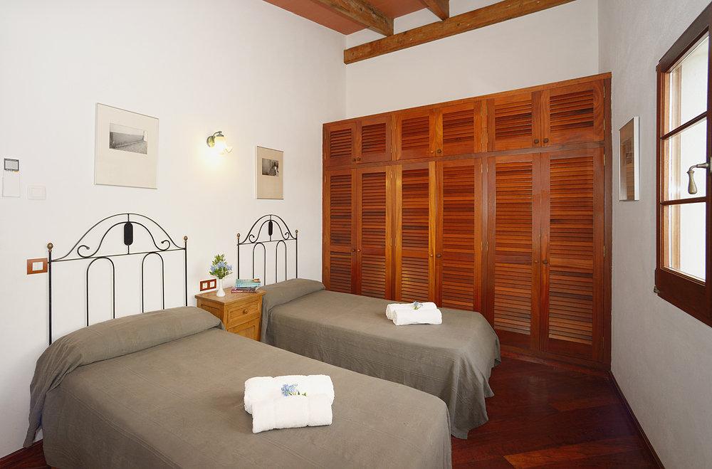 Landhaus in Cala Morell Ref: C19 9