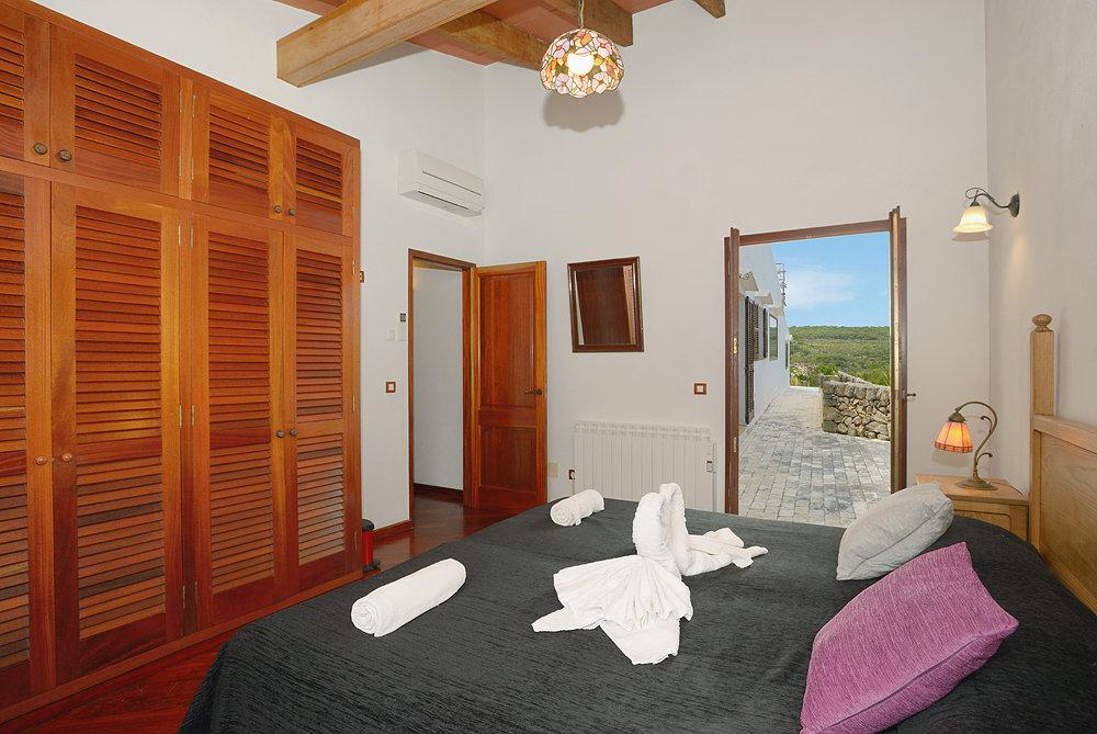 Landhaus in Cala Morell Ref: C19 11