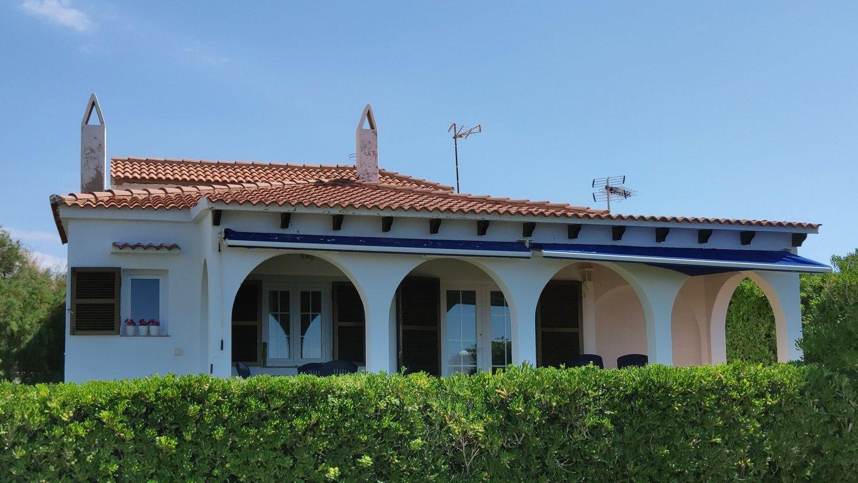Villa in Cala Blanca Ref: C94 4