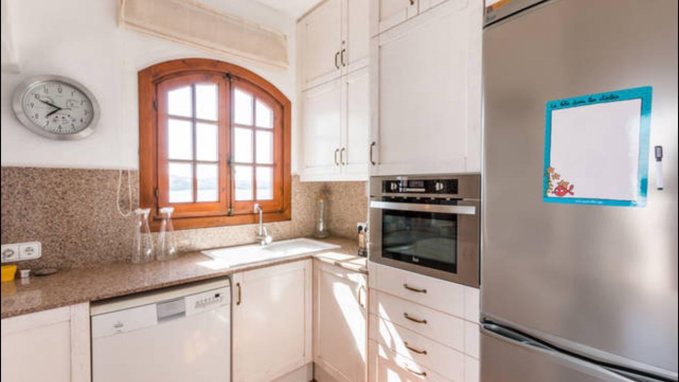 Apartment in Playas de Fornells Ref: T1084 12