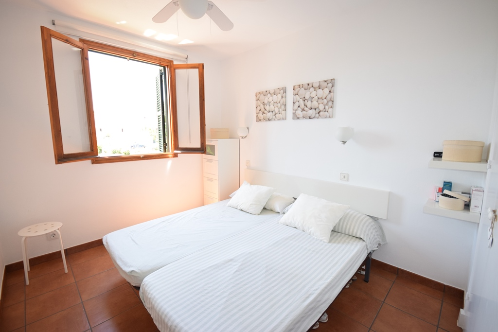 Apartment in Arenal d'en Castell Ref: T1033 7