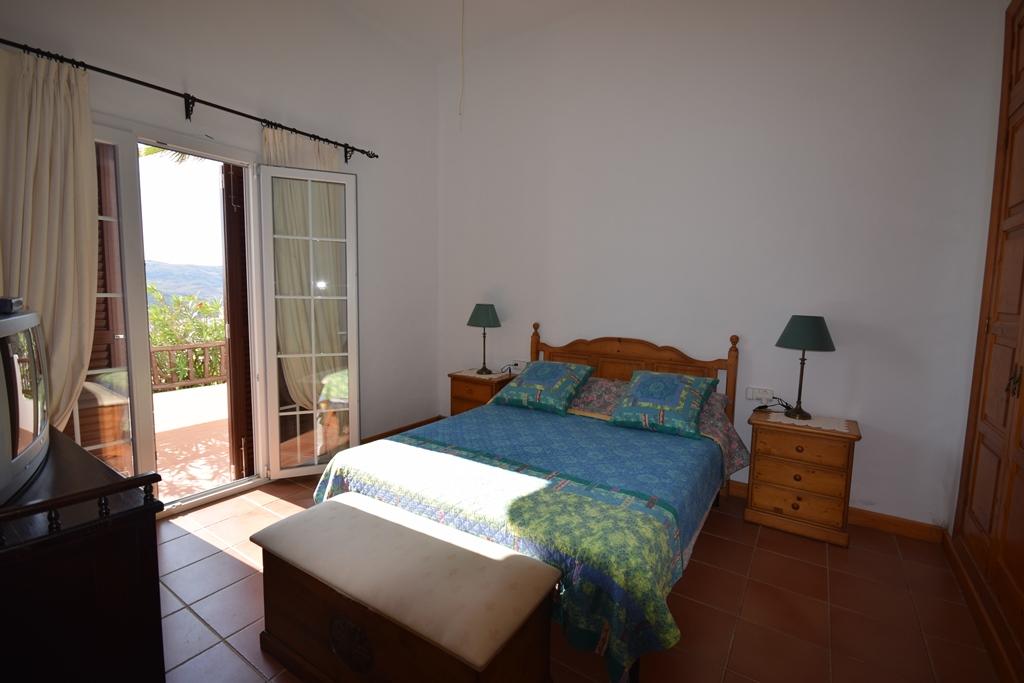Villa in Playas de Fornells Ref: T1038 24