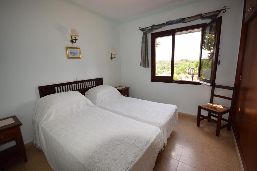 Villa in Binixica Ref: T1026 16