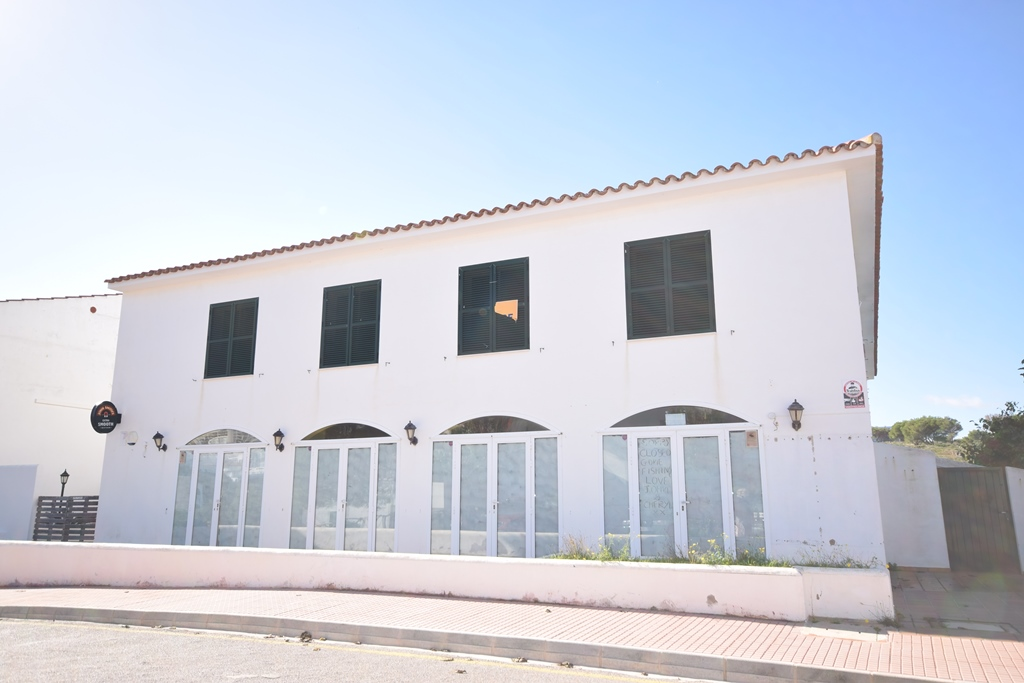 Commercial in Arenal d'en Castell Ref: T1023 1