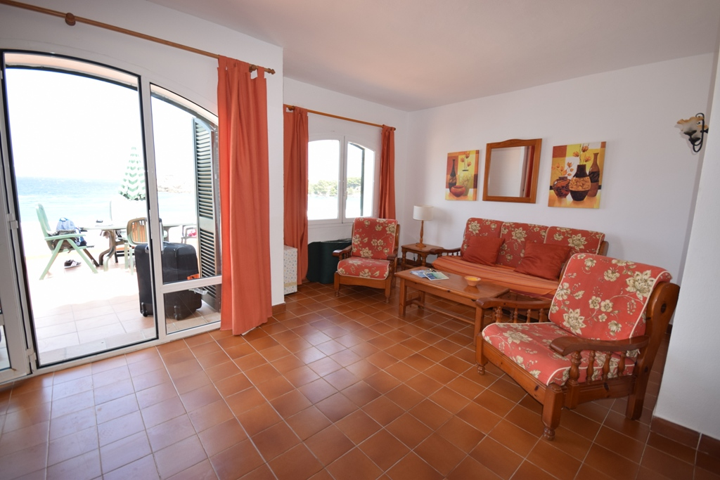 Apartment in Arenal d'en Castell Ref: T1132 8