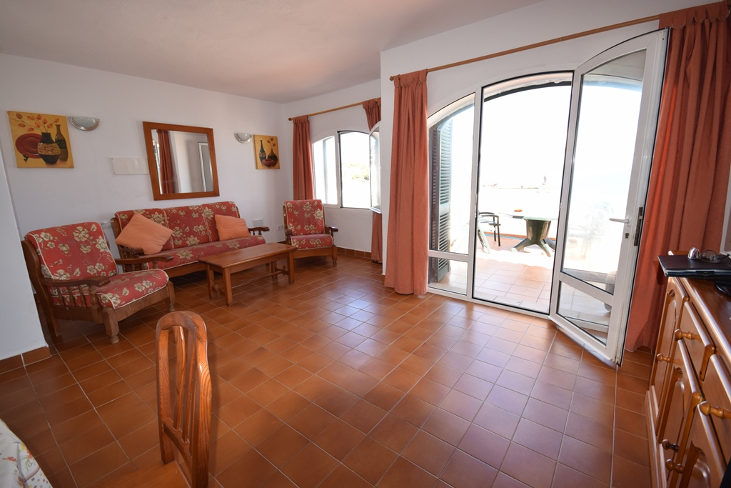 Apartment in Arenal d'en Castell Ref: T1131 7