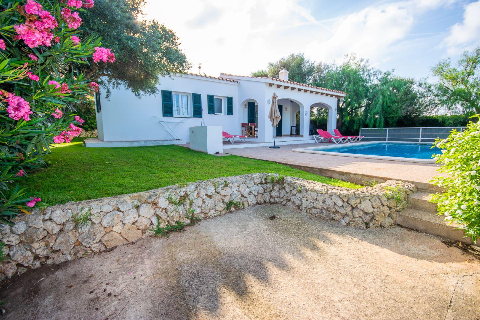 Villa in Cala'n Porter Ref: T1168 10