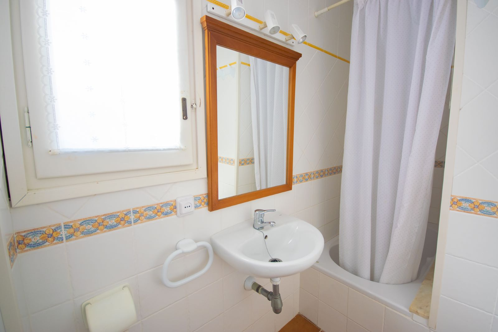 Apartment in Arenal d'en Castell Ref: T1171 12
