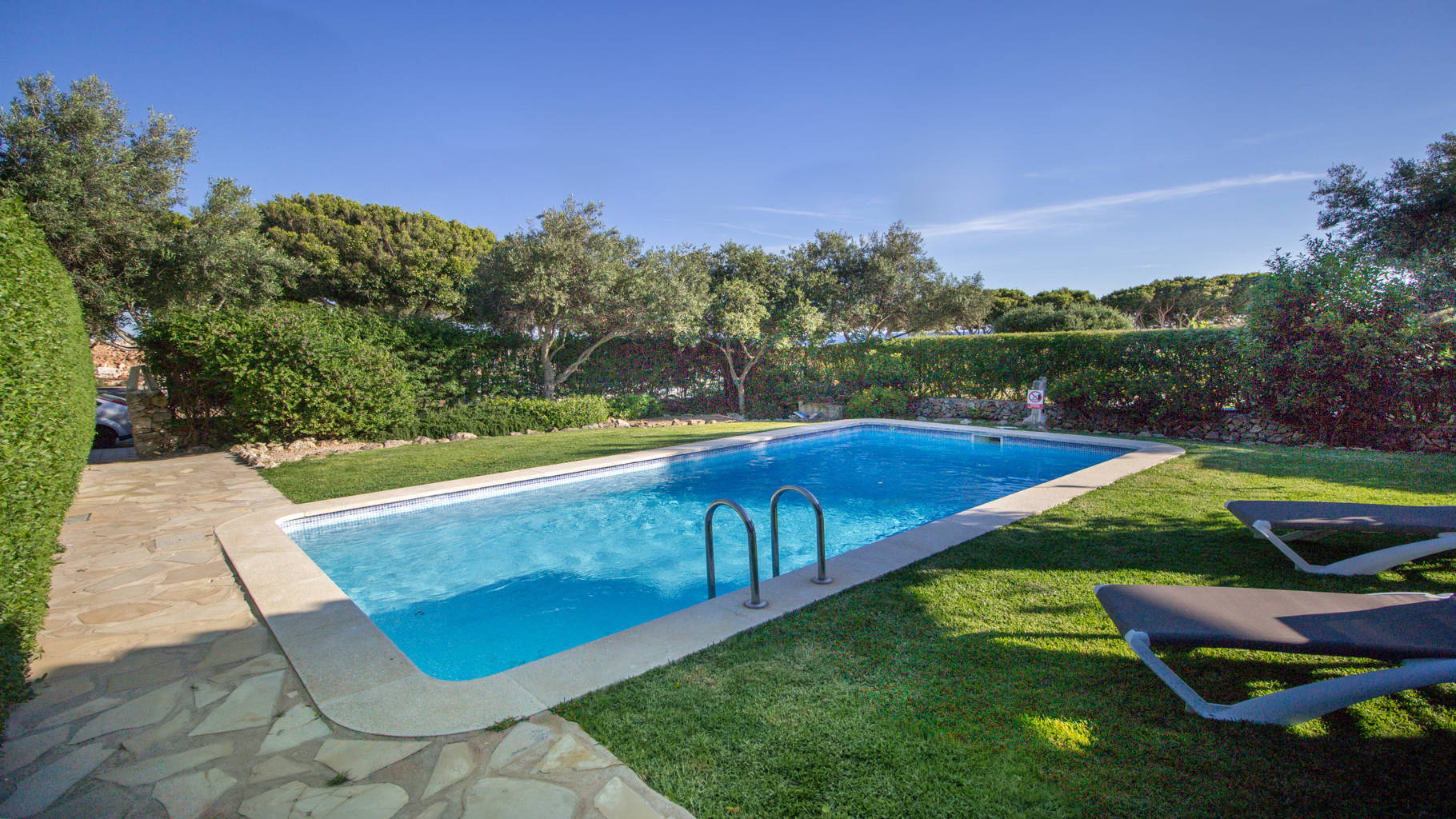 House for sale with swimming pool and touristic licence in Biniancolla