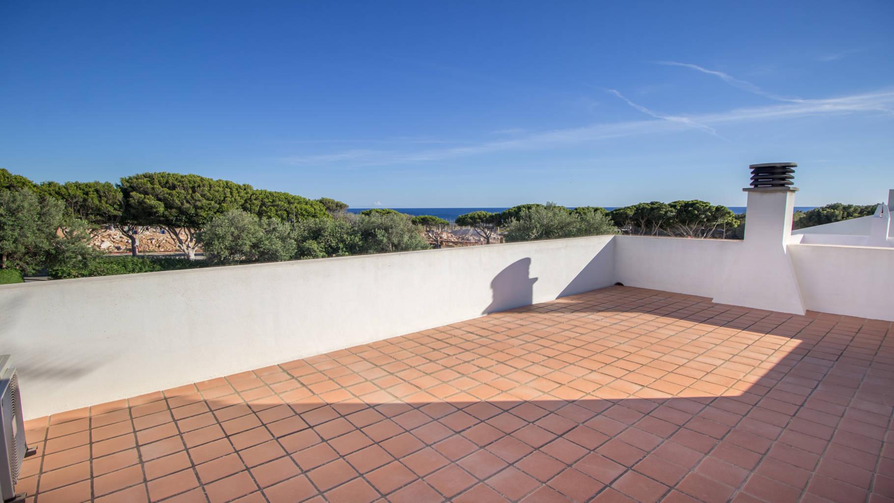 Villa for sale with a sea view in Menorca