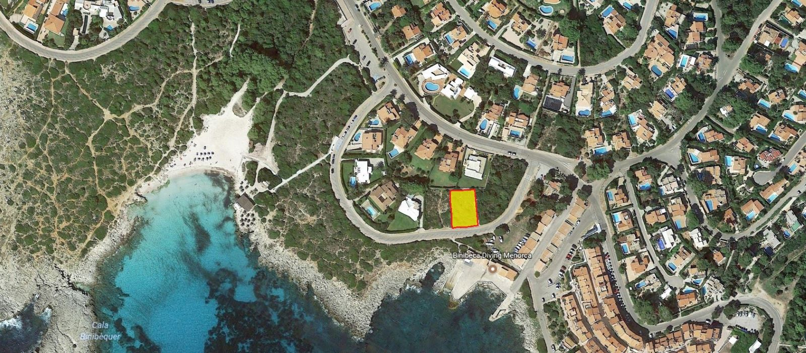 Plot of land by the sea for sale in Binibeca Nou