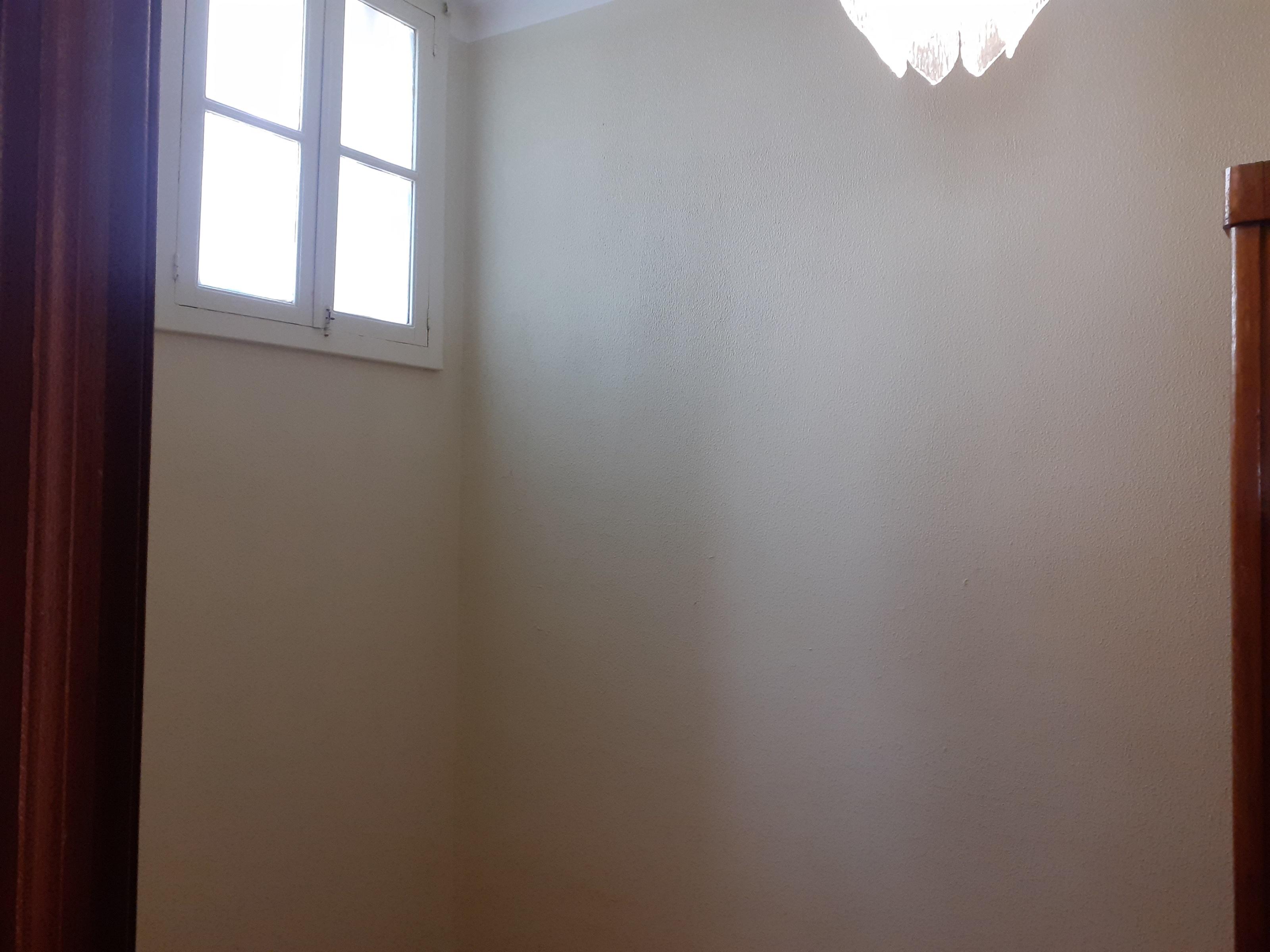 למכירה-דירת 3 חדרים בליסבון