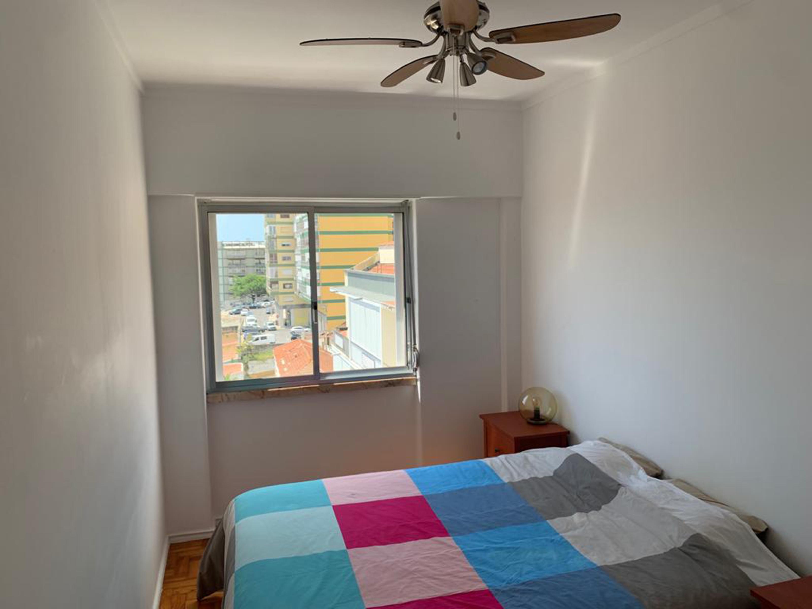 למכירה- דירת 3 חדרים, נוף לנהר, ליסבון