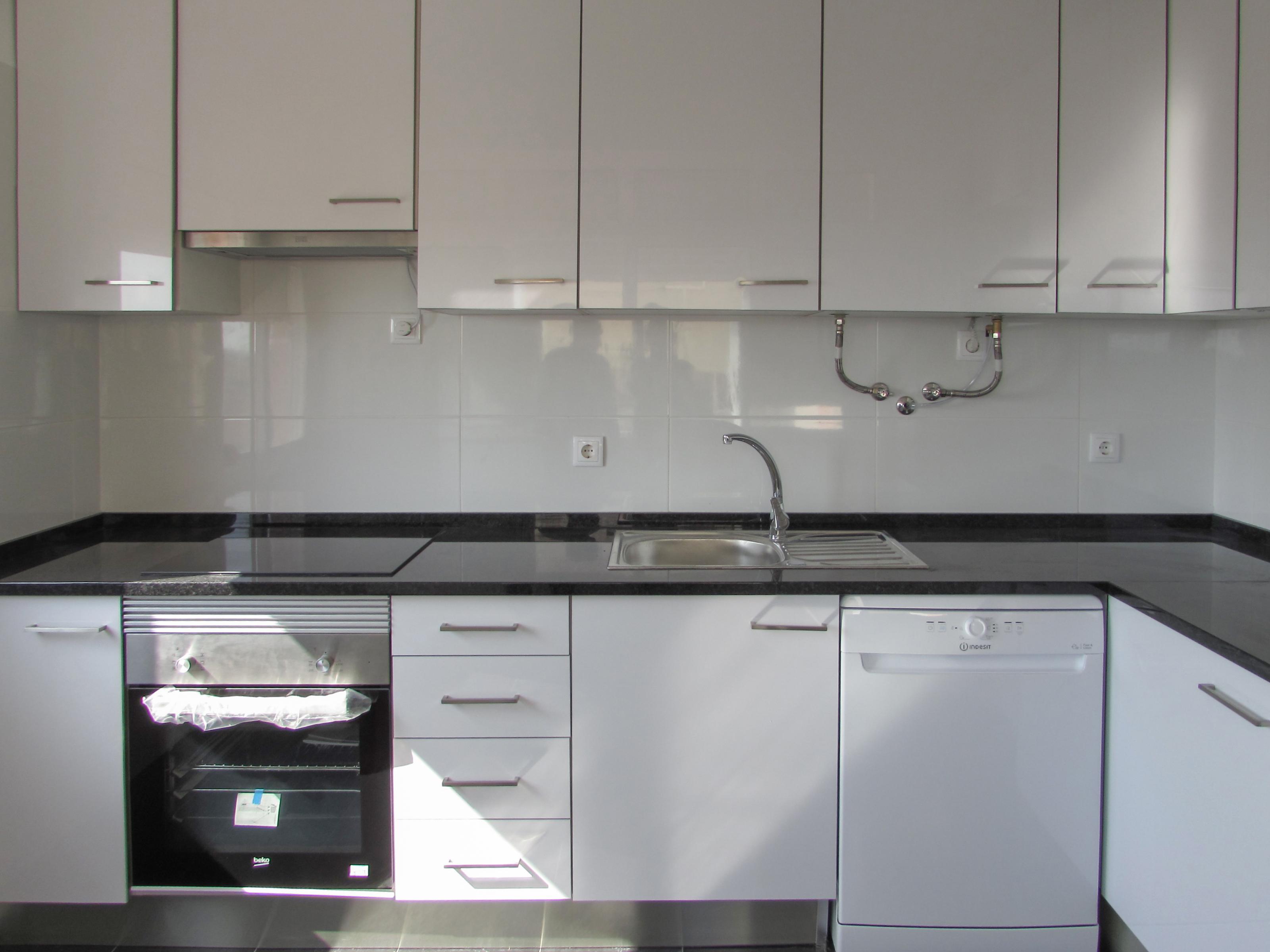 למכירה, דירת 3 חדרים במטרופולין ליסבון