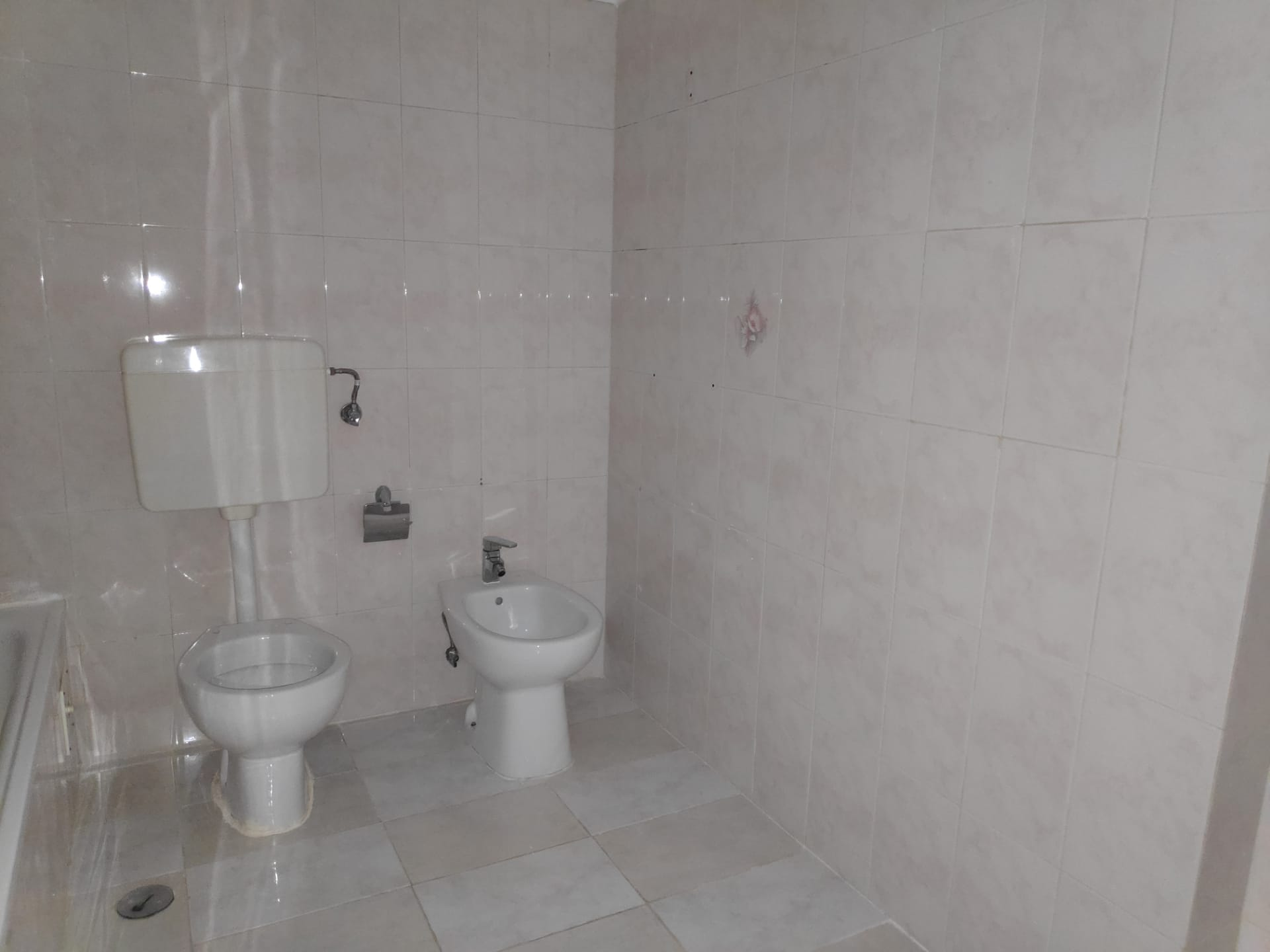 Used Apartment in Serra das Minas (Rio de Mouro) – 68 m²