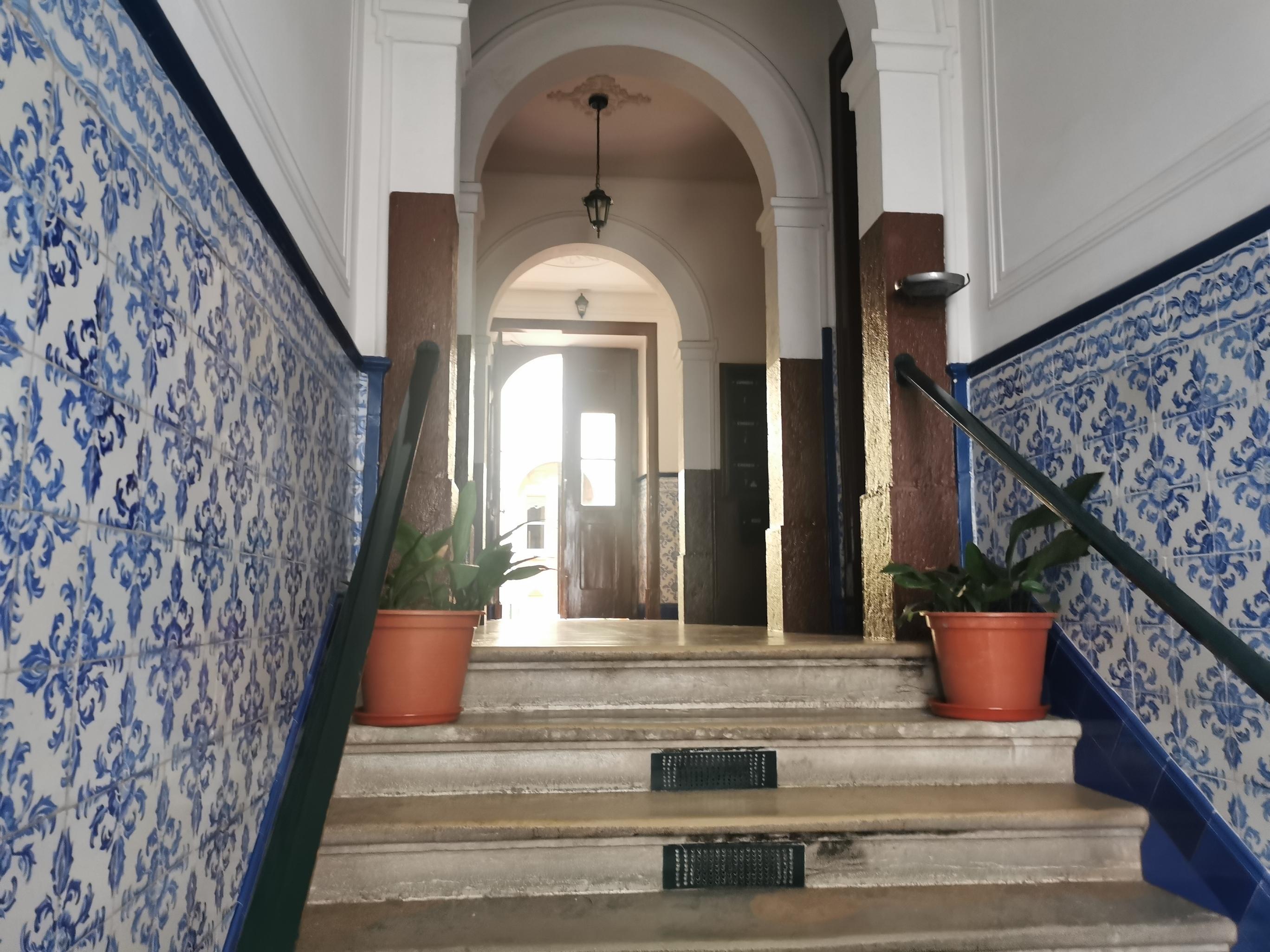 Refurbished Apartment in Av. da Liberdade (São Mamede) – 80 m²