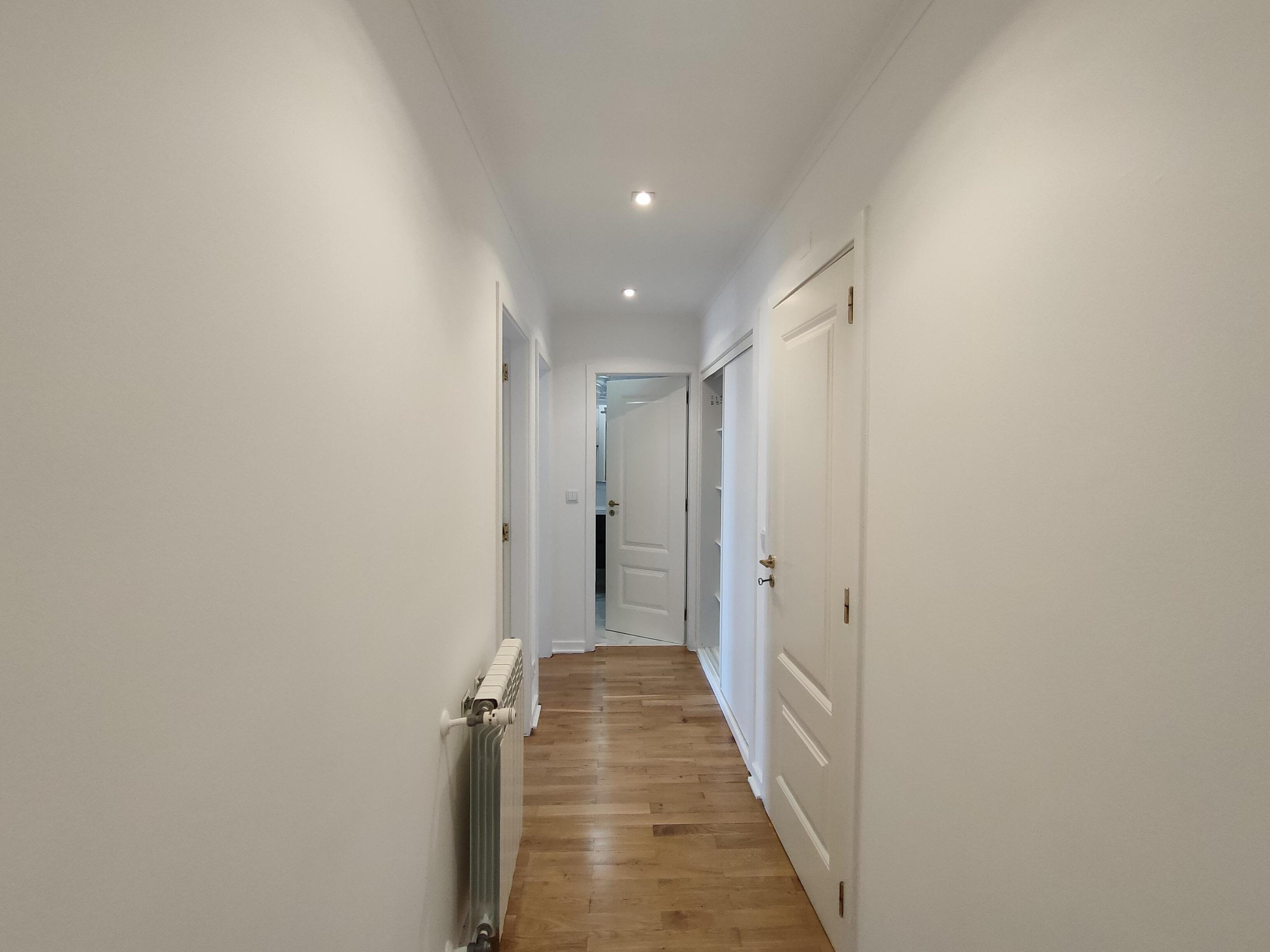 Refurbished Apartment in Av. Nossa Senhora do Rosário (Cascais) – 107 m²