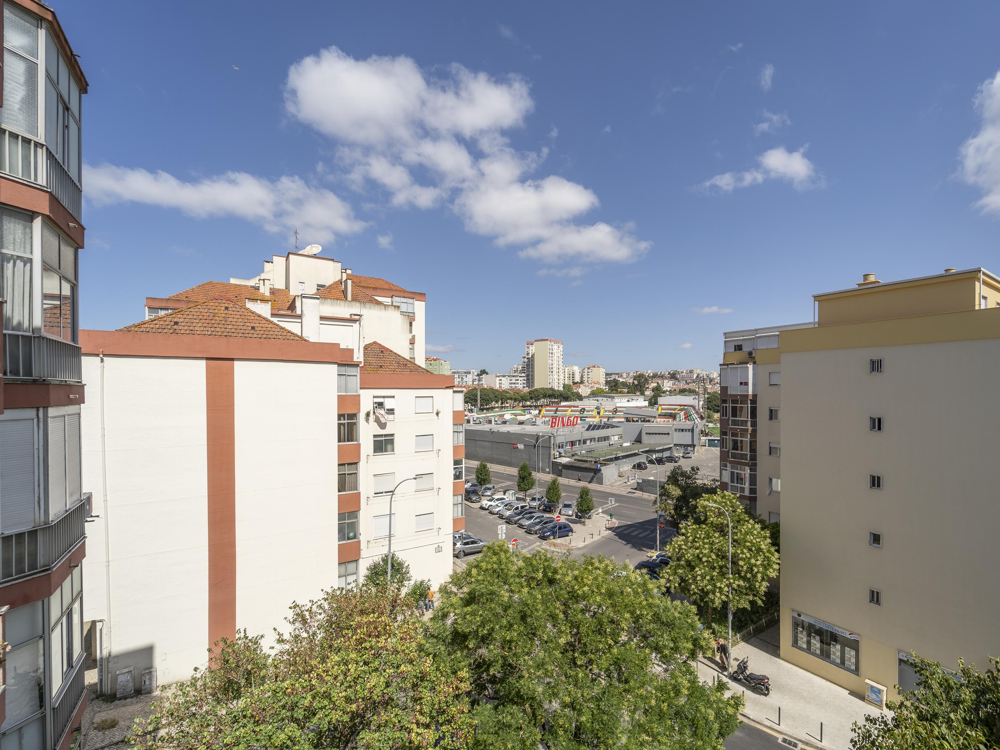 למכירה – דירת 4 חדרים, מטרופולין ליסבון