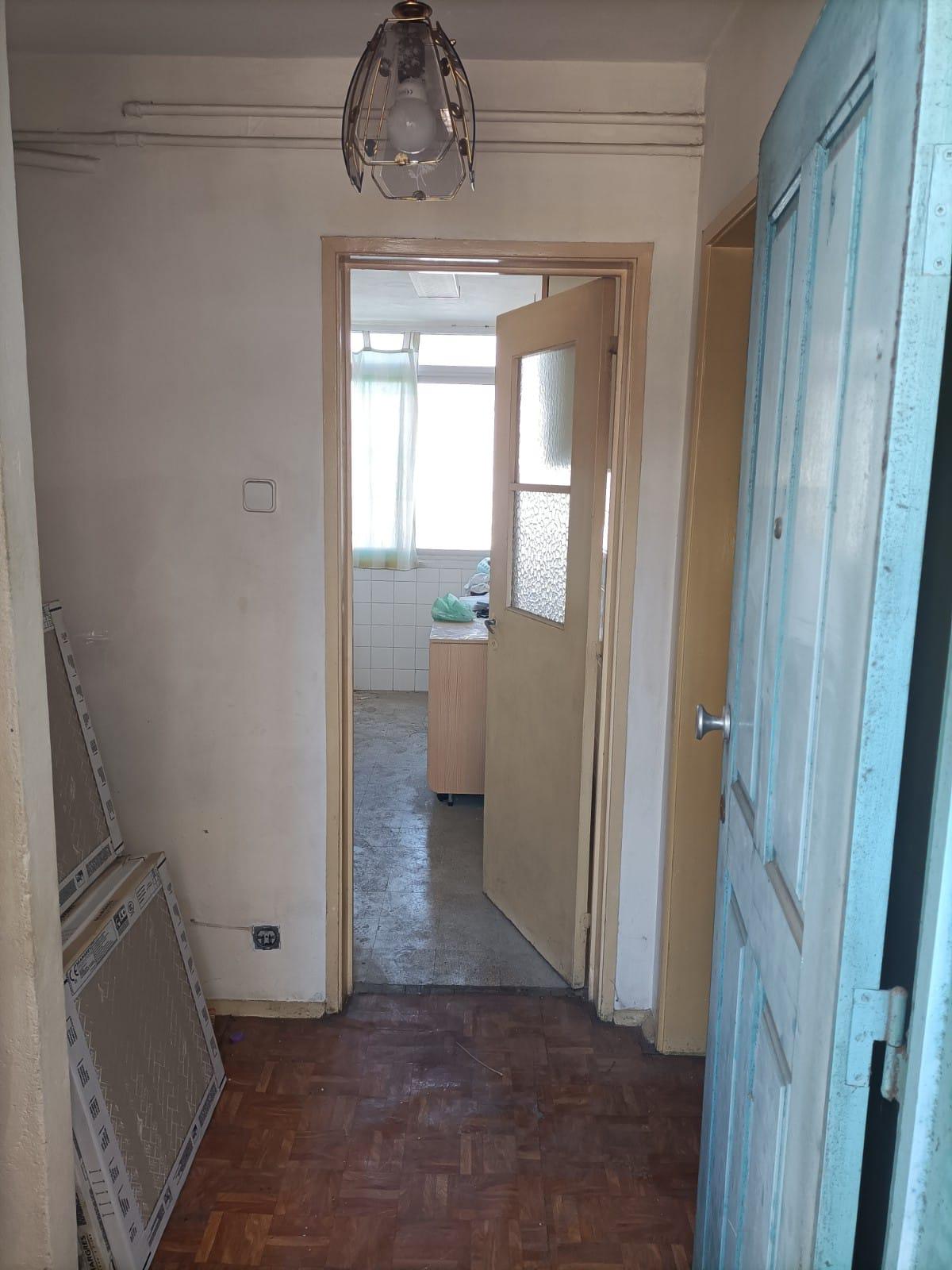 למכירה – דירת 4חדרים, ליסבון