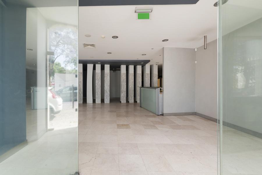 Secular Building, Av. Todi, Setúbal