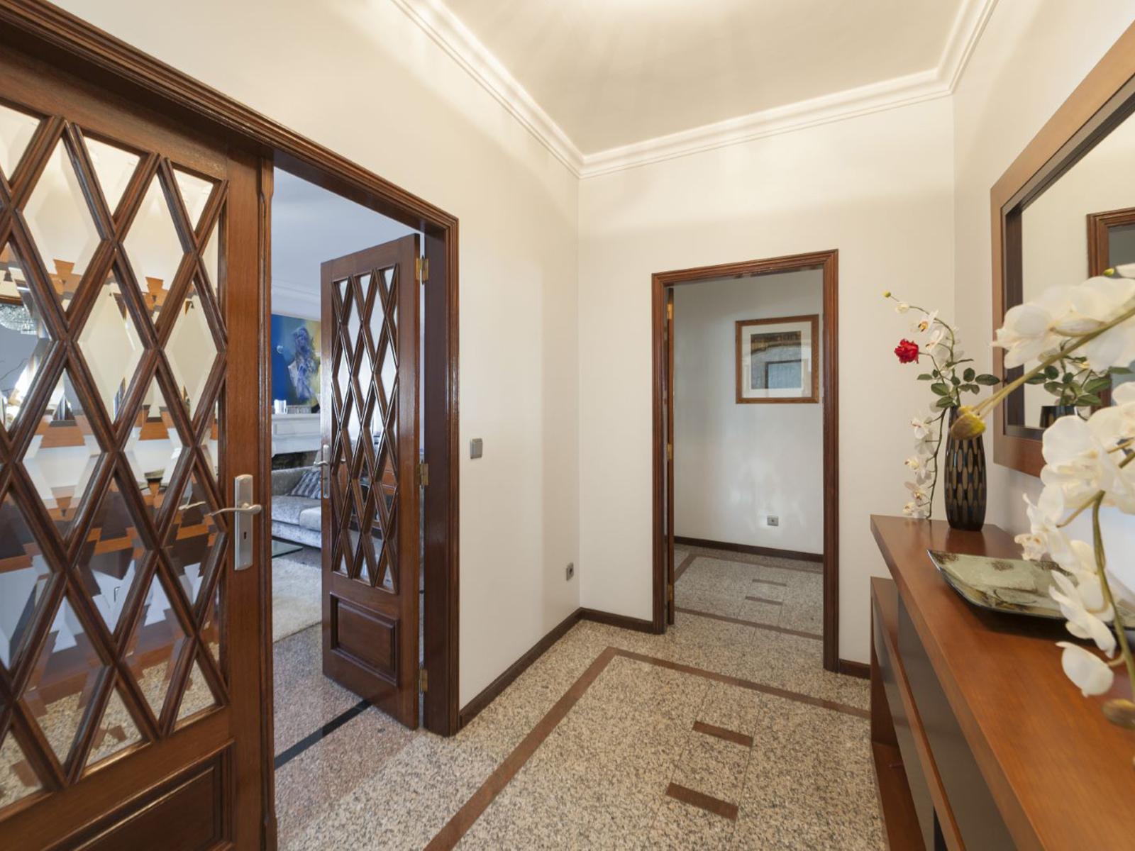 Villa V5 in the Central da Maia