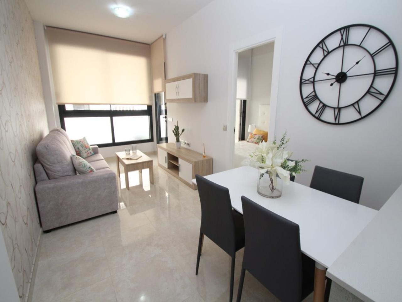 Апартаменты в испании у моря купить дубай отель парус цена