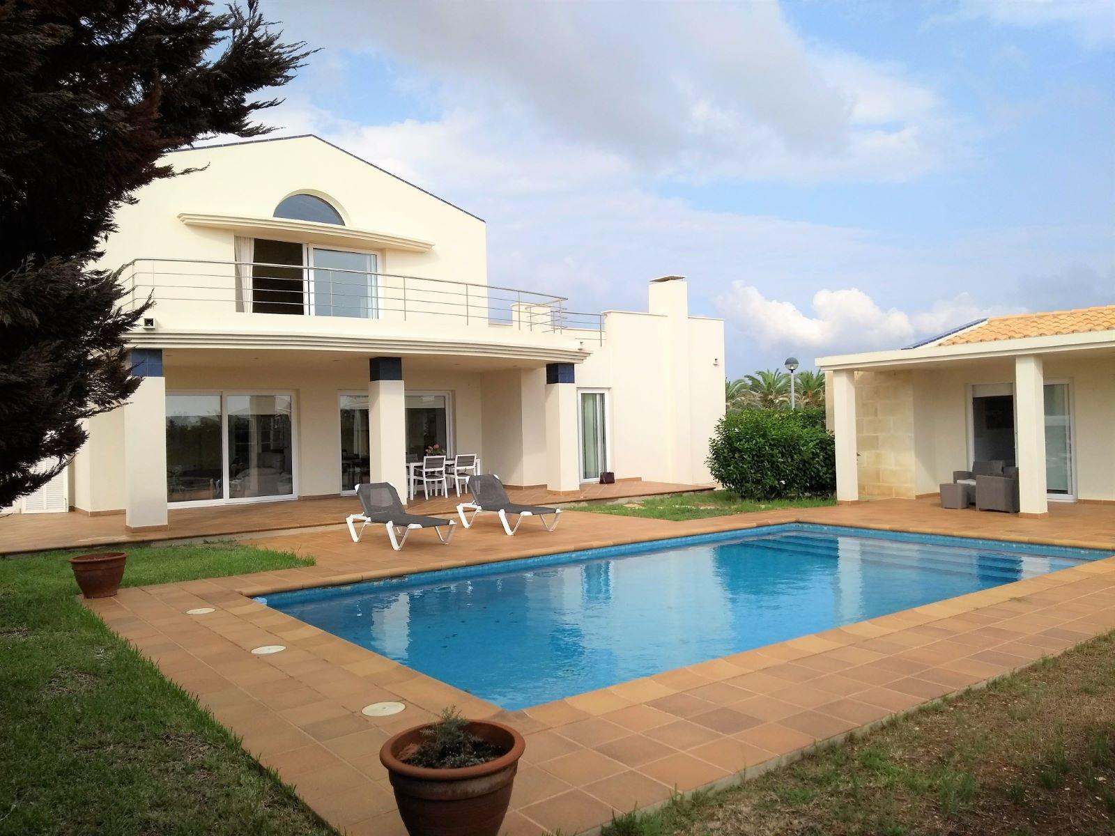 Chalet for sale in Son Blanc Ciutadella-Pool