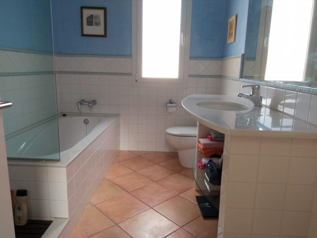 Chalet for sale in Son Blanc Ciutadella -Bathroom