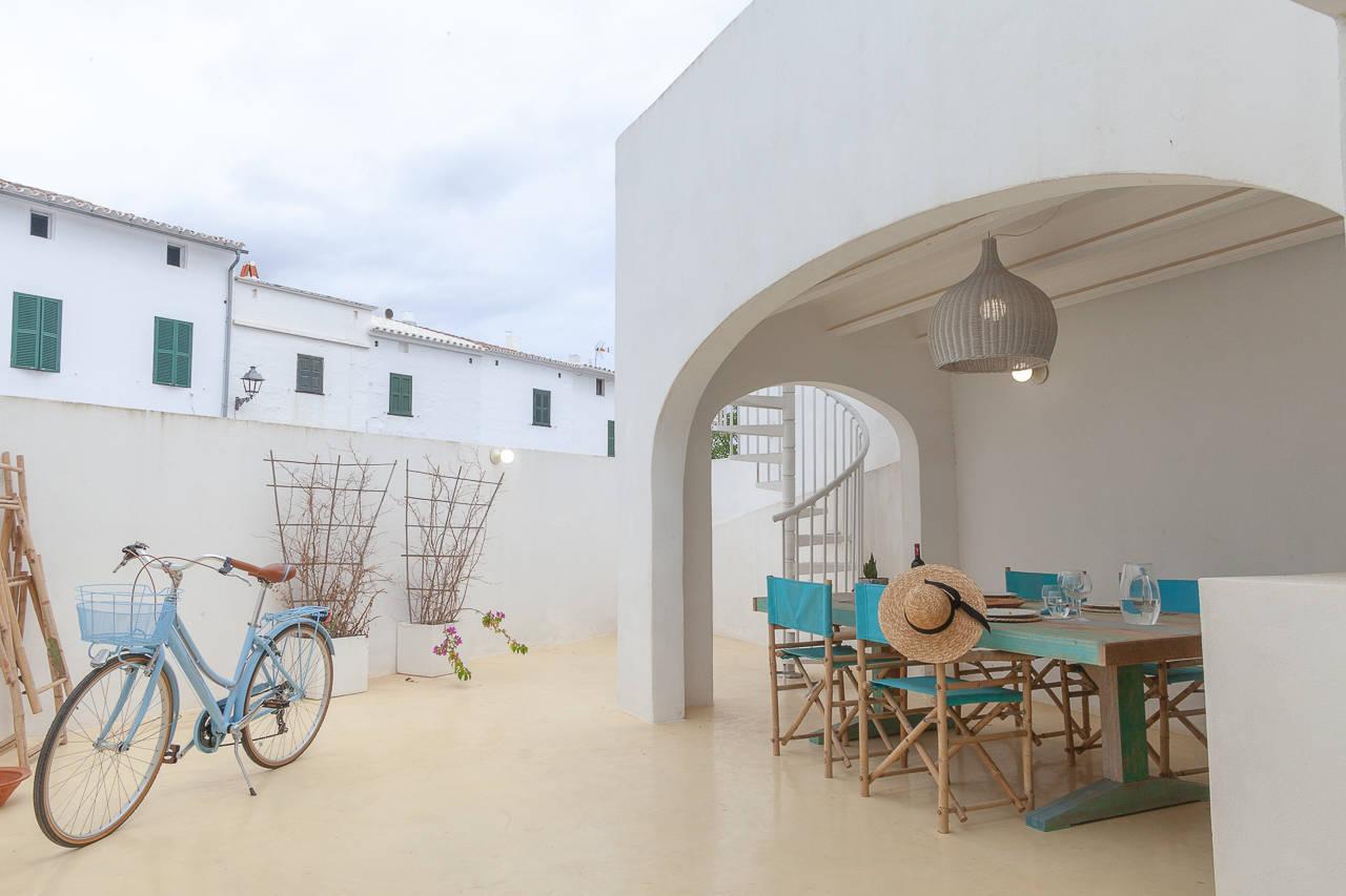 Maison au centre de Mercadal_patio