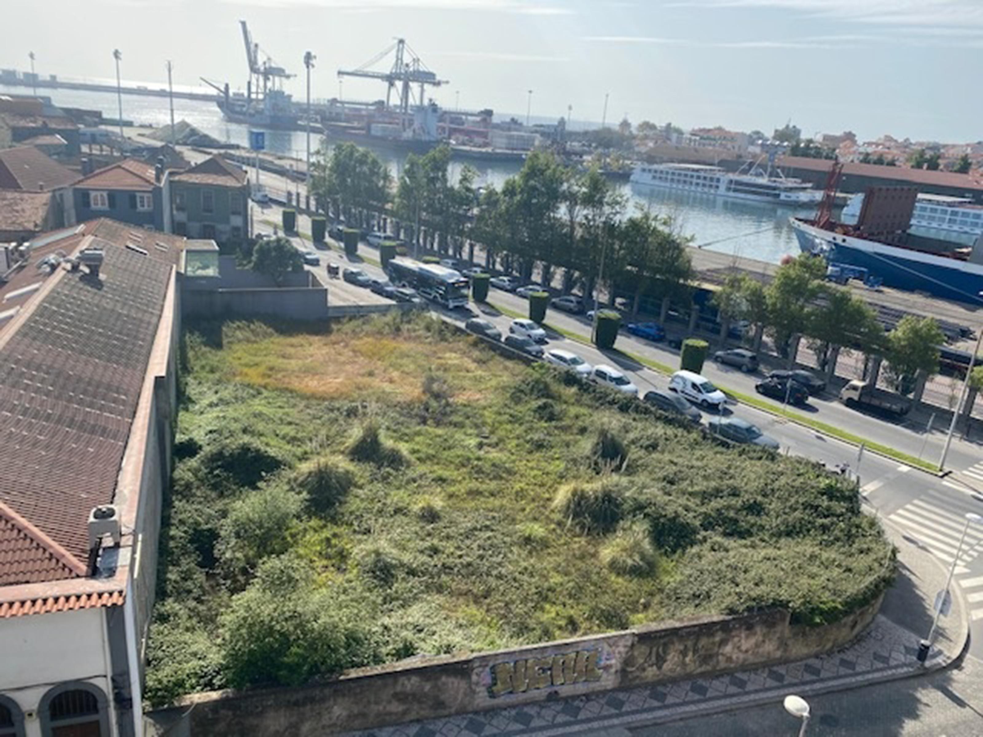 Inproject Land in Matosinhos-Sul (Matosinhos) – 4088.9 m²