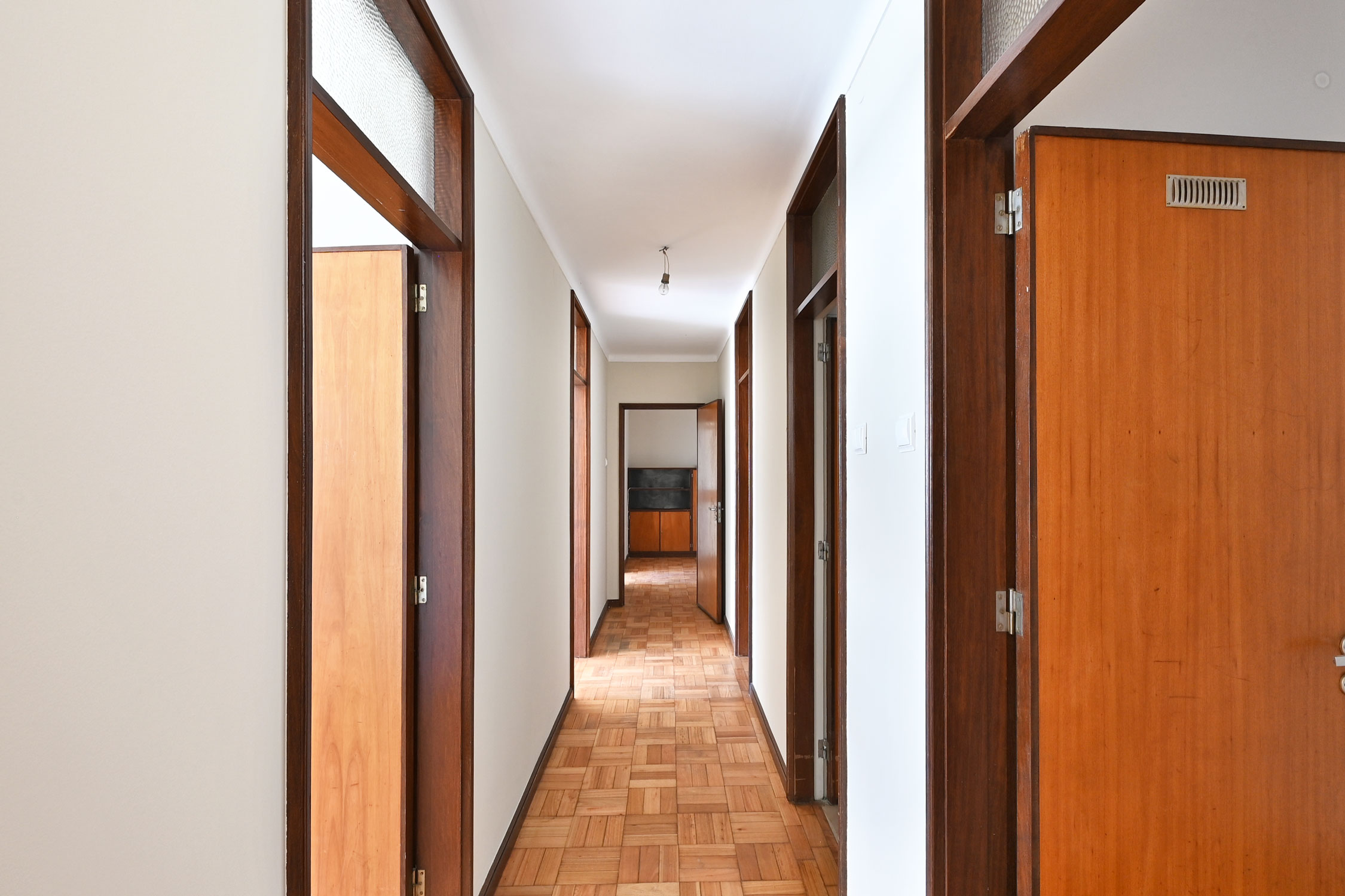 Used Apartment in Bonfim –